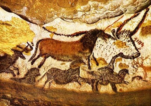 toros-caballos-y-ciervos-en-lascaux-500x354