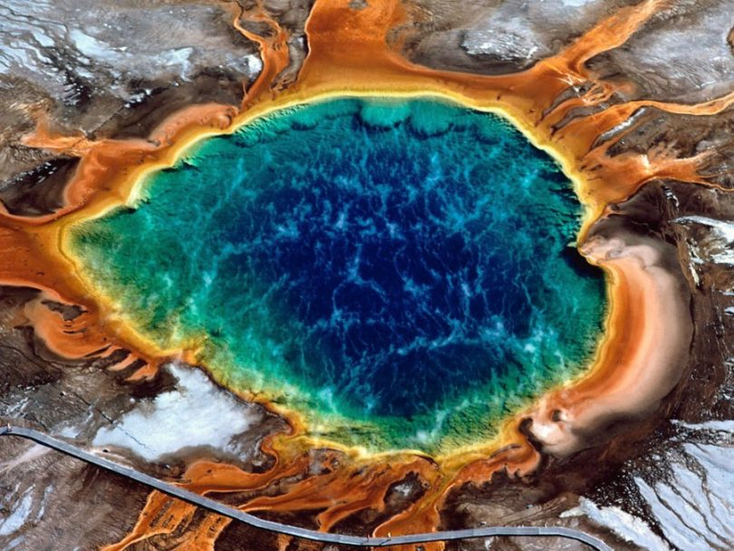 yellowstone-grand-prismatic-spring-yellowstone-national-park-natural-wonders-maravilhas-naturais-48614-900x675-1